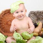 Когда можно давать ребенку белокочанную капусту: важные правила