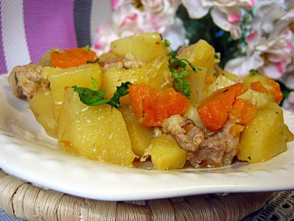 Вкусные рецепты тушеного картофеля