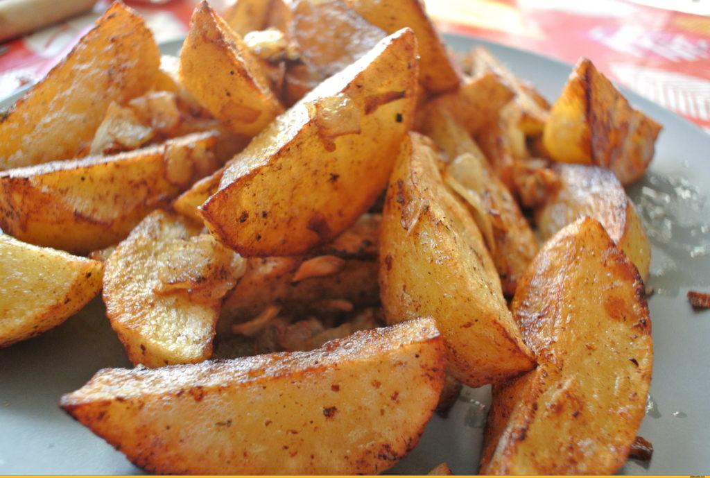 Калории в картофеле фри, вареном, жареном, отварном с маслом