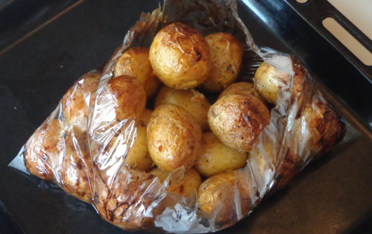 картофель в пакете для запекания в духовке