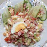 Салаты из кукурузы, огурца, яйца с ветчиной, с мясом, колбасой, курицей
