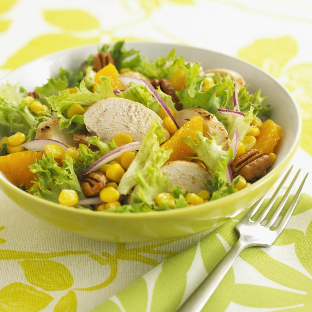 Рецепты салатов с куриной грудкой и кукурузой