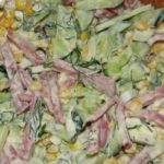 Рецепты салатов из кукурузы, огурцов с копченой колбасой, курицей
