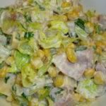 Вкусные салаты с копченой курицей и кукурузой