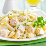 Вкусные салаты с курицей и кукурузой