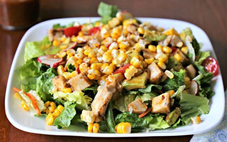 салат из курицы и кукурузы рецепт