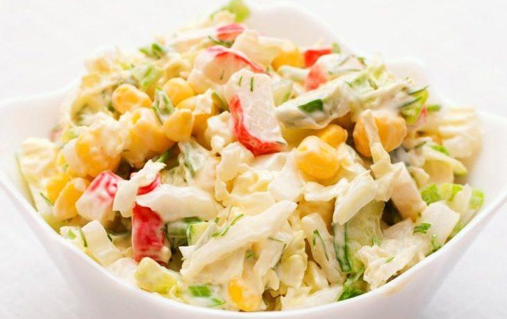 рецепт салата с пекинской капустой, кукурузой, сыром