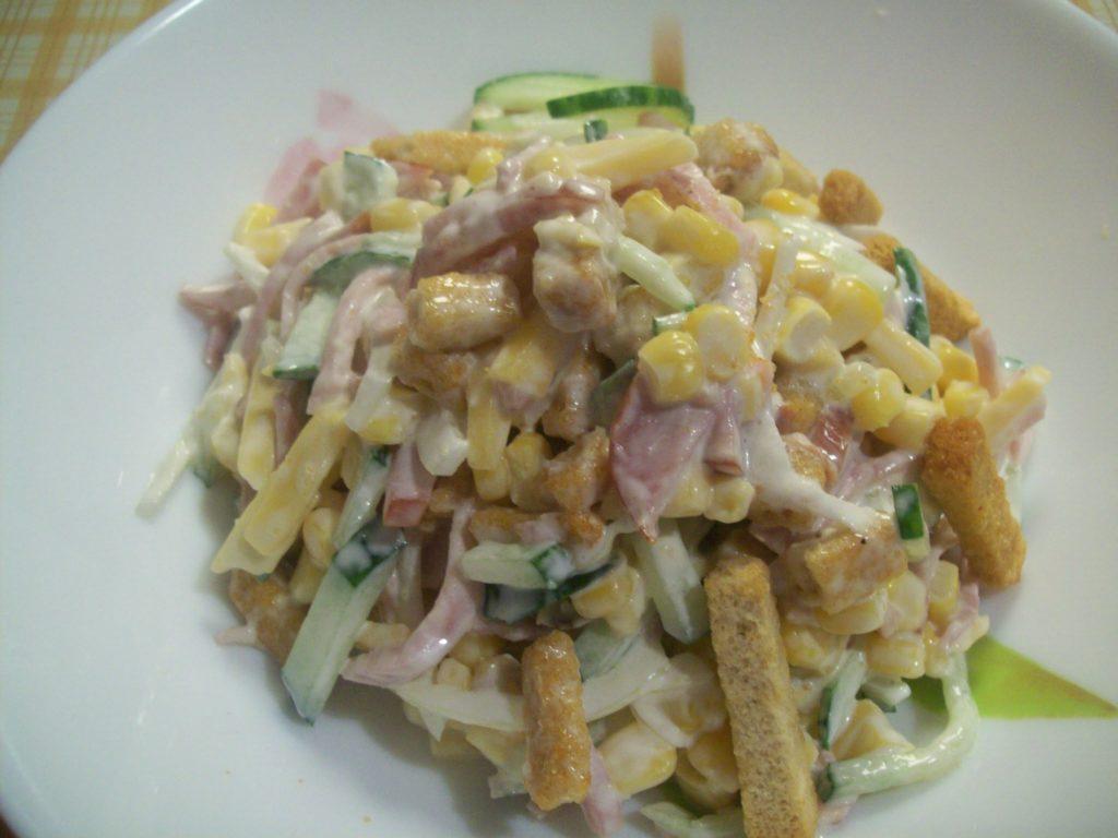 Рецепты салатов с кукурузой и чесноком