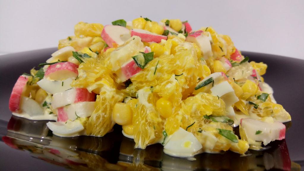 Рецепты салатов с кукурузой и апельсином, орехами, гранатом