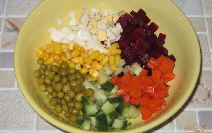салат со свеклой и кукурузой