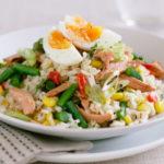 Рецепты рыбных салатов с кукурузой, рыбой и рисом, яйцом