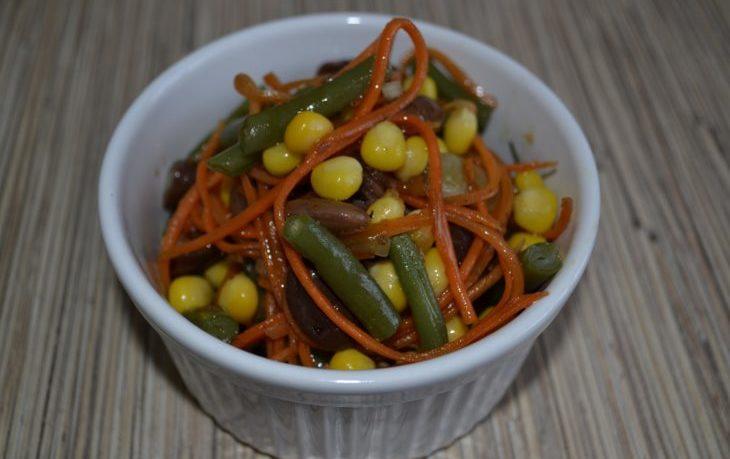 салат с корейской морковью, фасолью, кукурузой