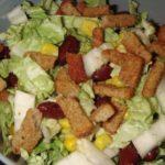 Рецепты салатов с помидорами, кукурузой и сухариками