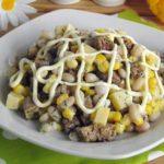 Рецепты салатов с фасолью, кукурузой и сыром, яйцом, перцем