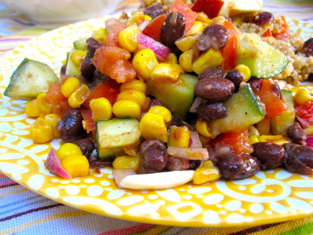 Рецепты мексиканских, постных, быстрых салатов с кукурузой и фасолью