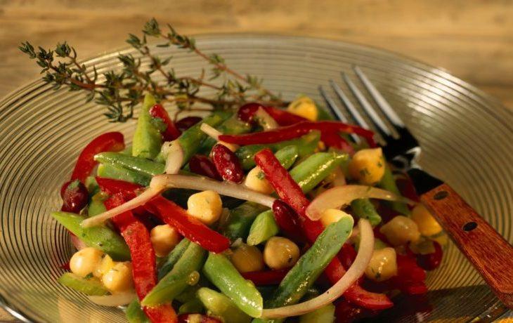 салат из стручковой фасоли и кукурузы