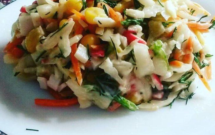 постный салат с кукурузой
