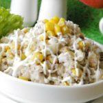 Повседневные и праздничные рецепты салатов с рисом и кукурузой
