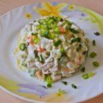 Рецепты салатов с кукурузой, яйцами и перцем, сухариками, зеленью