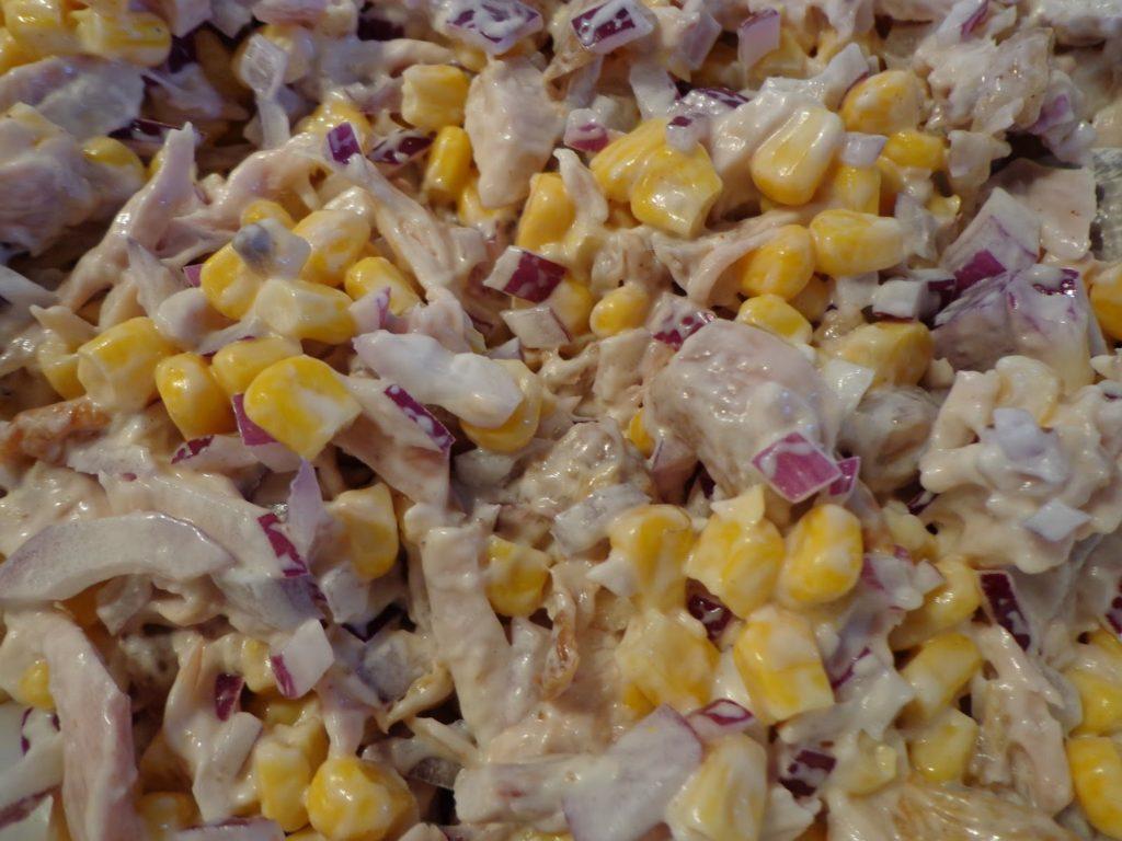 Рецепты салатов с кукурузой и языком, окороком