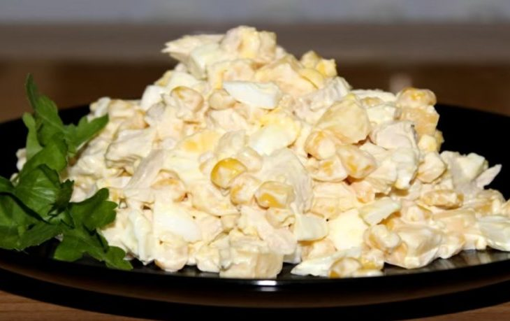 рецепт салата с кукурузой и филе