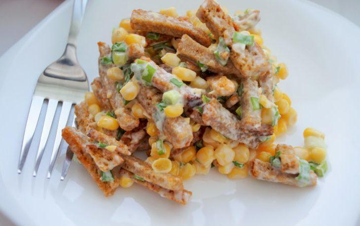 салат с кукурузой быстро и вкусно