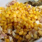 Рецепты салатов с кукурузой и сайрой, горбушей, сардиной, мидиями