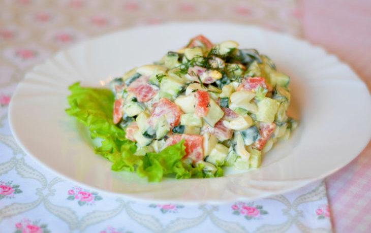 салат с семгой и кукурузой рецепт