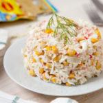 Рецепты салатов из сладкой кукурузы и капусты, крабовых палочек, зелени