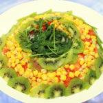 Рецепты салатов с кукурузой и черносливом, киви, изюмом