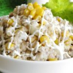 Рецепты салатов с кукурузой и крилем, морепродуктами, минтаем, крабами