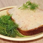 Рецепты сала, булочек, настойки с чесноком и укропом