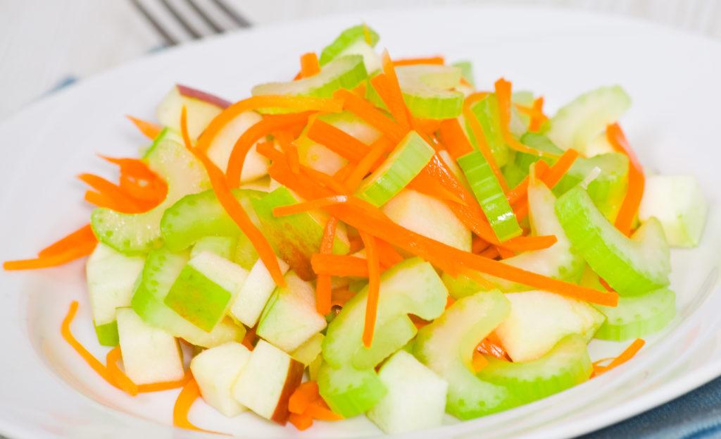 Рецепты блюд с яблоком, морковью и сельдереем