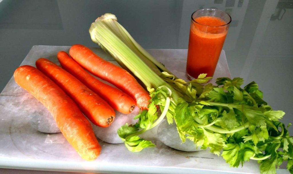 Рецепты сока, смузи, фреша с сельдереем и морковью
