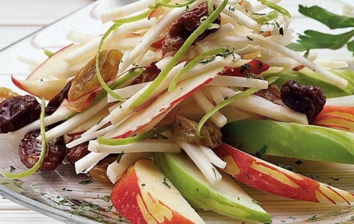 Рецепты салатов с яблоком и корнем сельдерея