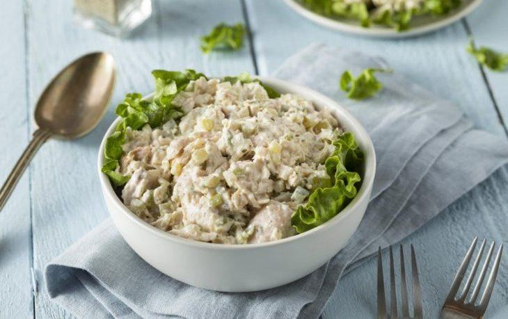 салат из куриной грудки с сельдереем рецепт
