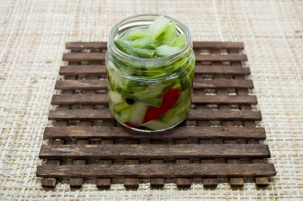 Рецепты маринованного сельдерея на зиму, по-корейски